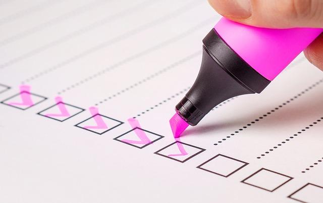 marker-haken-papier-checkliste