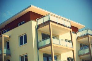 wohnraum-mietwohnung-balkon